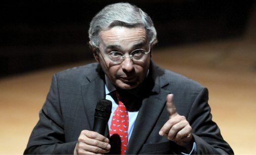 Uribe puso a temblar a Maduro y corrió a sacar la tropa.