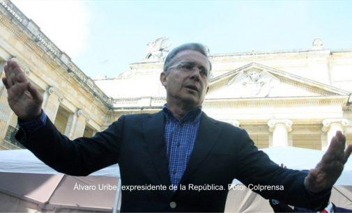 Alvaro Uribe Hay que resistir civilmente a inminente acuerdo Gobierno FARC