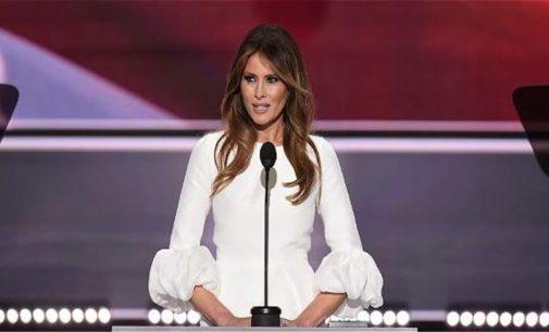 Autora de discurso de Melania Trump se disculpa y renuncia