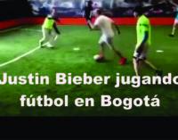Justin Bieber jugando fútbol en Bogotá