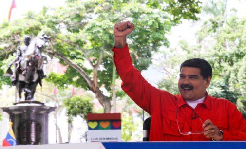 Maduro con 17 gobernaciones, la oposición  5, y denuncia  fraude.