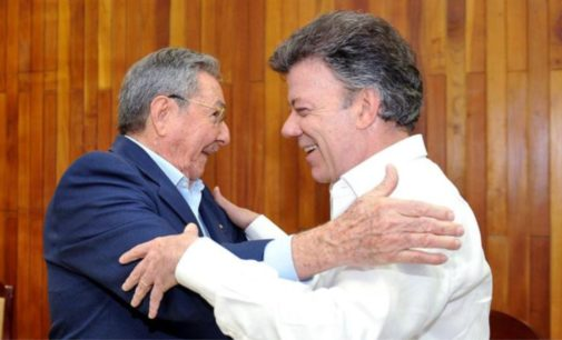 Santos estaría buscando apoyo en Cuba, para superar crisis en Venezuela