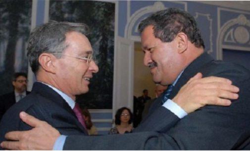 Angelino Garzón promueve acercamientos entre uribismo y el partido de las Farc
