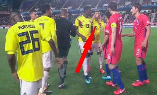 El gesto racista de Colombia en la derrota 2 a 1 con los coreanos, video