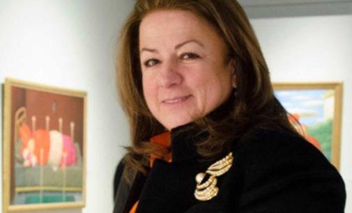 En su cumpleaños  hoy  Carmenza Jaramillo logra le autoricen una Rotonda en el aeropuerto en Lisboa, para mostrar su Colombia del alma