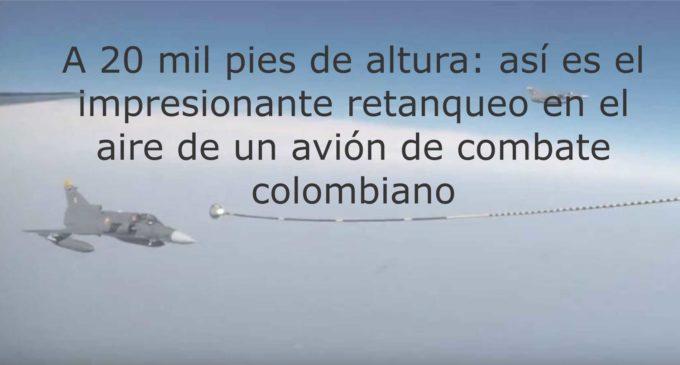 A 20 mil pies de altura: así es el impresionante retanqueo en el aire de un avión de combate