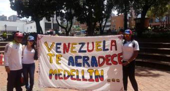 ¿Dónde trabajan los venezolanos que están en Colombia?