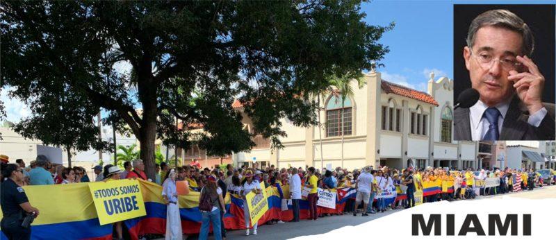 Mas de 2.000 colombianos salieron en Miami y sus alrededores en caravanas y buses al grito: de Uribe amigo el pueblo esta contigo.